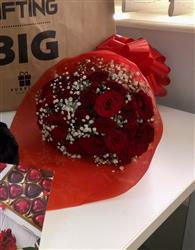 Felix M. verified customer review of Exclusive Red Rose Arrangement