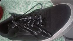 Anonymous verified customer review of Black Japanese Katakana Laces