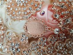 Joshua S. verified customer review of Rose Gold Starburst Rhinestone Brooch 407-R
