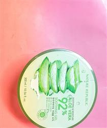 Anonymous verified customer review of Nature Republic Soothing & Moisture Aloe Vera 92% Soothing Gel