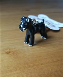 Roger H. verified customer review of 3D Dog Keychains Hand-Painted And Beautiful Metal Car Key Chains