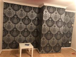 Vicki S. verified customer review of Arthouse Vintage Glitter Berkeley Damask Silver Wallpaper