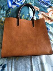 Caitilin Nelson verified customer review of Top Handle Vintage Satchel Tote Bag