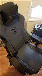 Chance L. verified customer review of Secretlab TITAN