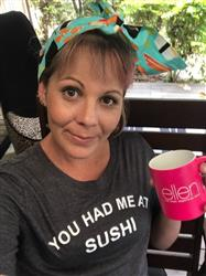 Nicole H. verified customer review of ellen Show Neon Mug- Pink