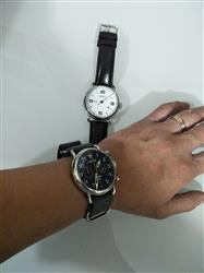 AVelino I. verified customer review of Airborne  Black Dial