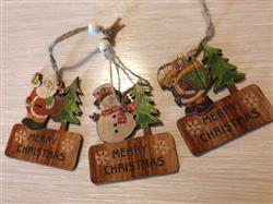 Lilian Bosco verified customer review of Merry Christmas Wooden Pendants Set