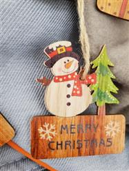 Liliane Hickle verified customer review of Merry Christmas Wooden Pendants Set