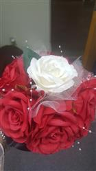 Sherry R. verified customer review of 4 Bush 28 pcs Cream Artificial Open Rose Flowers