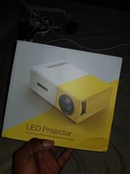 Salvador Heaney verified customer review of LED Portable Projector Home Media Player