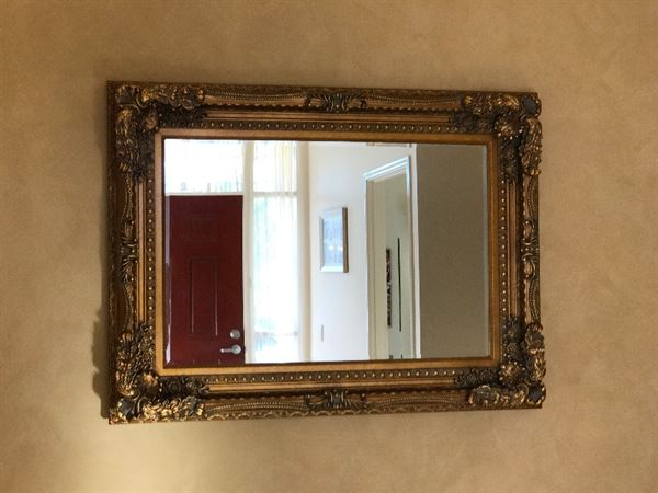 Nga P. verified customer review of Lancelot Wall Mirror Gold