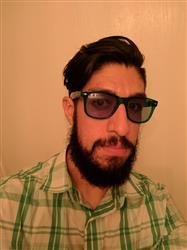 Hector A. verified customer review of Green Lens / Transparent Frame