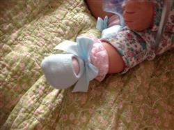 Laura R. verified customer review of baby 3 pairs of lace bow Floor socks