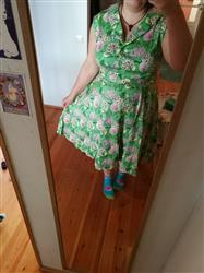 Johanna F. verified customer review of Vintage Green Florence Paitamekko
