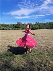 Hanna verified customer review of Dolores Doll Red Polka Dot 50-luvun mekko