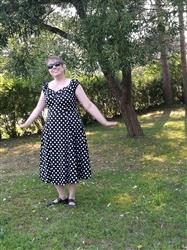 Outi T. verified customer review of Dolores Doll Black Polka Dot 50-luvun mekko
