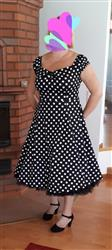 Kirsi M. verified customer review of Dolores Doll Black Polka Dot 50-luvun mekko