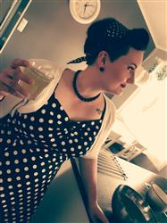 Ella L. verified customer review of Dolores Doll Black Polka Dot 50-luvun mekko