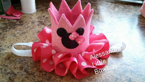 Small pink Minnie mouse crown