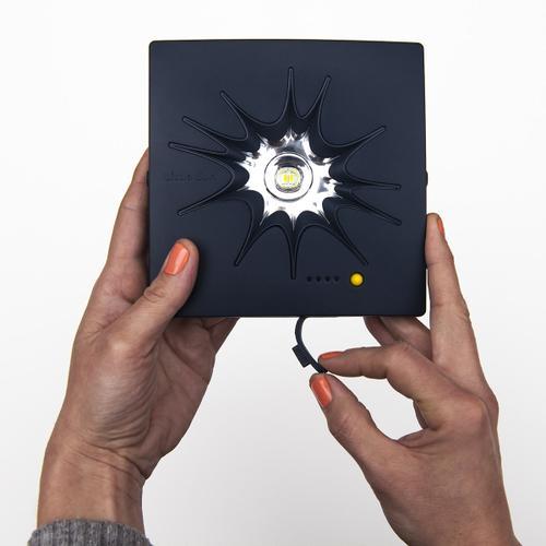 LITTLE SUN  |  Solar Charger
