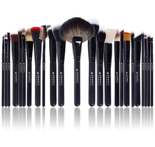 SHANY Pro Signature Brush Set 24 Pieces Handmade Natural/Synthetic Bristle with Wooden Handle The Masterpiece