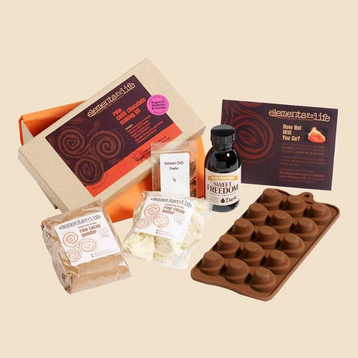 Raw Chilli Chocolate Kit