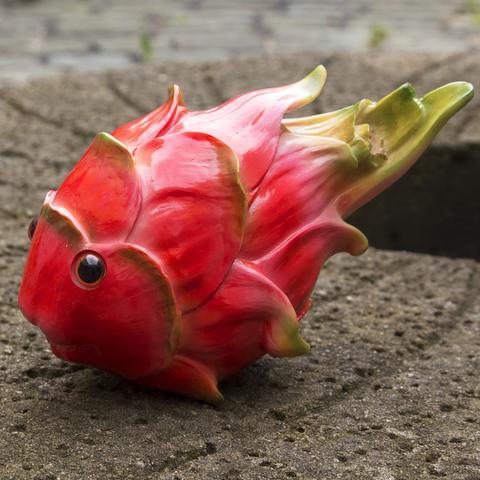 Vivid Arts Resin Garden Decor Sea Life Ornament - Dragon Fruit/Fish