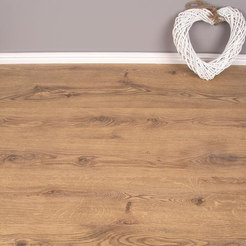 Oak Effect Design Laminate Flooring - AC3 - 6mm 2.5m2