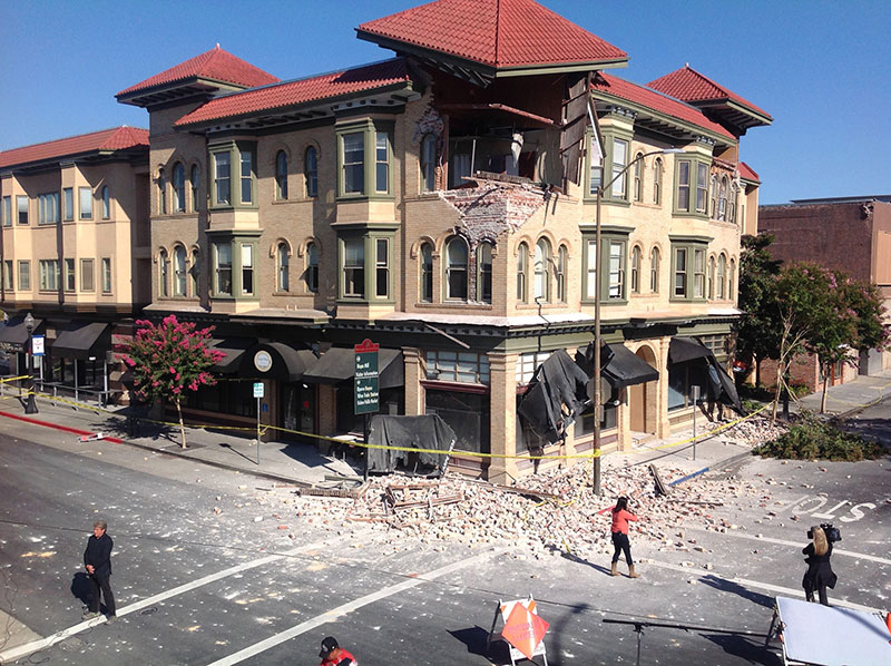 Earthquake damage picture taken by HB-Risk team members Dustin Cook and Katie Fitzgerald during their post-earthquake reconnaissance the day of the 2014 South Napa earthquake in California (taken August 24, 2014).