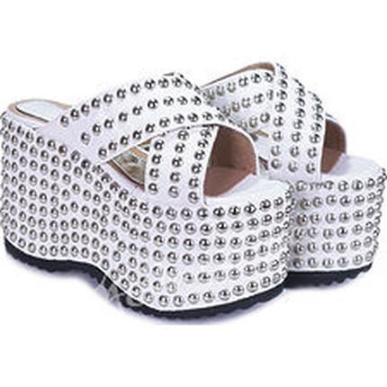 Zueco con Plataforma modelo RIC, Shoes Bayres