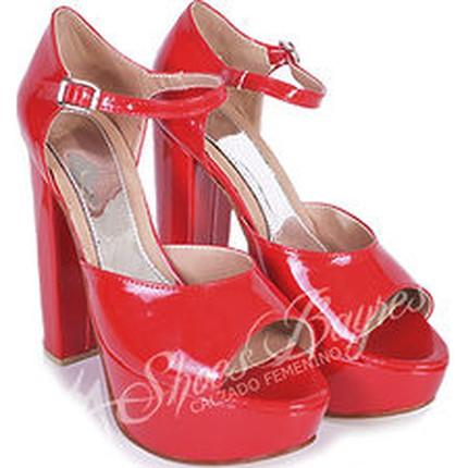 Sandalia de plataforma de charol modelo LOVE, Shoes Bayres