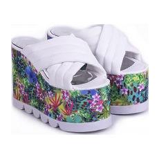 Zuecos con taco chino modelo RAYITO DE SOL, Shoes Bayres