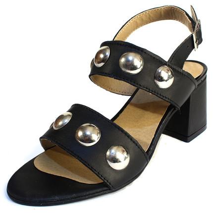 Sandalia de cuero negro de fajas y bolones, Sucre