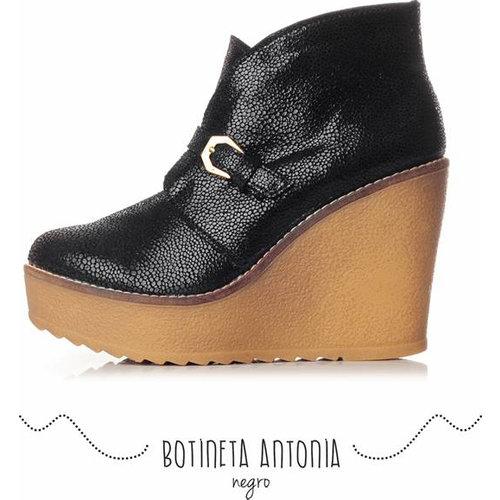 99c6b1b13 Te presentamos la colección Otoño Invierno en zapatos de cuero de Joki  Bettin, una marca joven con diseños de calidad y con mucho estilo!