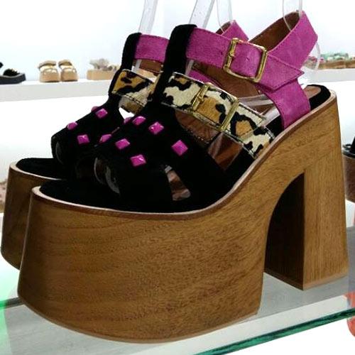 Te adelantamos lo nuevo de Lola Roca Zapatos para esta temporada Primavera  Verano que se acerca. Empezamos a vislumbrar las tendencias de este Verano  2017 ... 38b49c2786a3