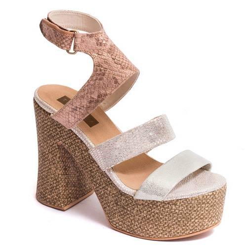 Ya podés empezar a conocer las tendencias en zapatos para esta nueva  temporada Primavera Verano 2016. La marca Traza nos presenta su colección de  ... a8a234e22027