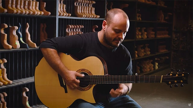 See Why Andy McKee Plays Aluminum Bronze