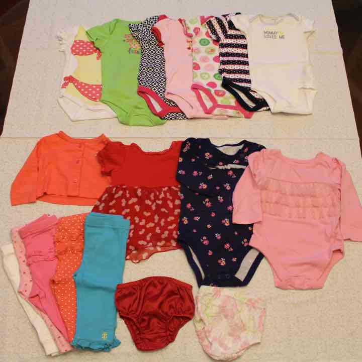 Gently Used Baby Girl Clothes Sizes 0 3m Mercari Buy