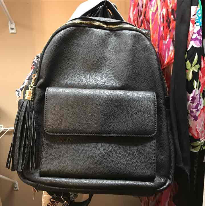 leather backpack mercari buy sell things you love. Black Bedroom Furniture Sets. Home Design Ideas