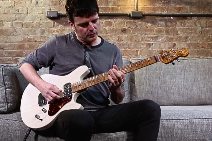 Watch Guitar Worldu0027s Valentine Guitar Review