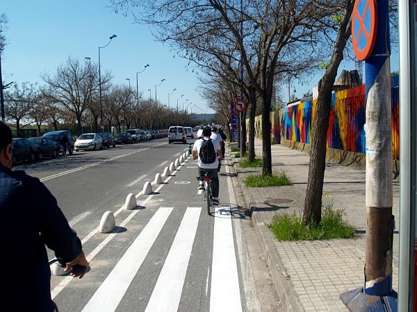 Wonktastic chart rates 15 different ways to protect bike lanes • PeopleForBikes