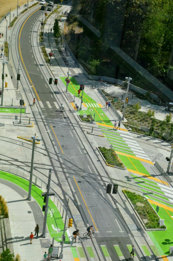 Yes Green Infrastructure: Wow: This Is What Transit-agency-funded Bike Lanes Can