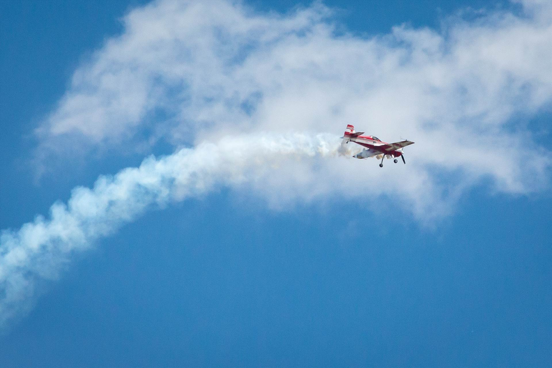 Airshow 2 -  by D Scott Smith