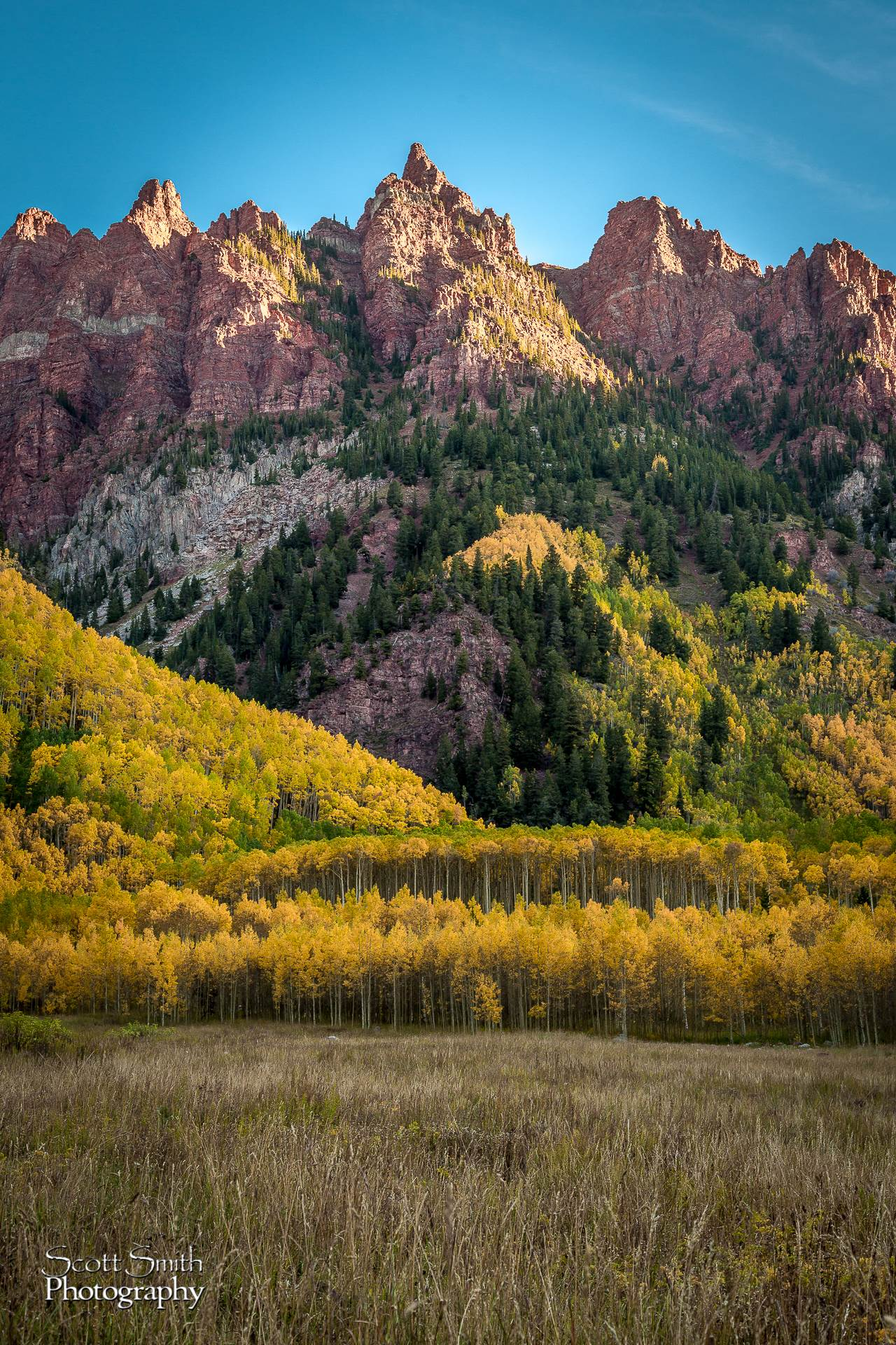 Maroon Bells - To the Right - Spectacular view to the right when entering the Maroons Bells area. by D Scott Smith