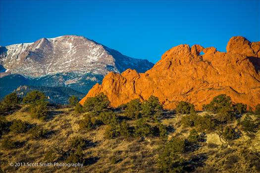 The Garden of the Gods earlier in the morning with Pike's Peak in the background.
