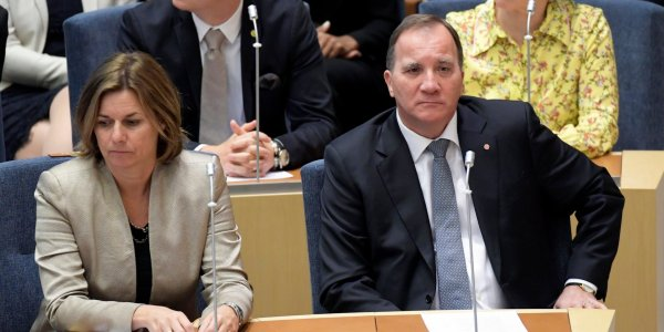 SWEDEN'S GOVERNMENT FALLS; MERKEL LOSES VOTE WITHIN HER OWN PARTY