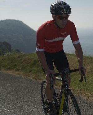 waterproof cycling tops and bottoms