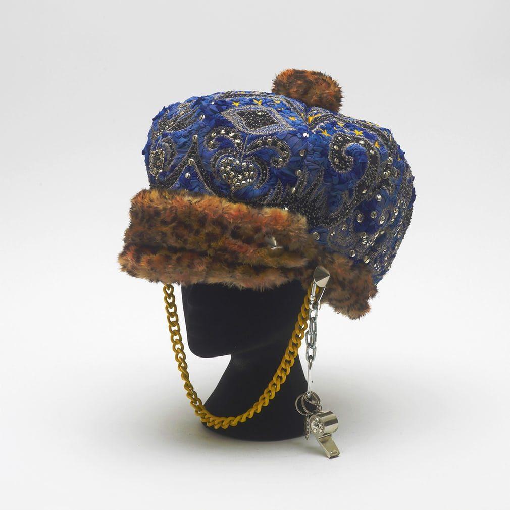 Terri-cohen-helmet