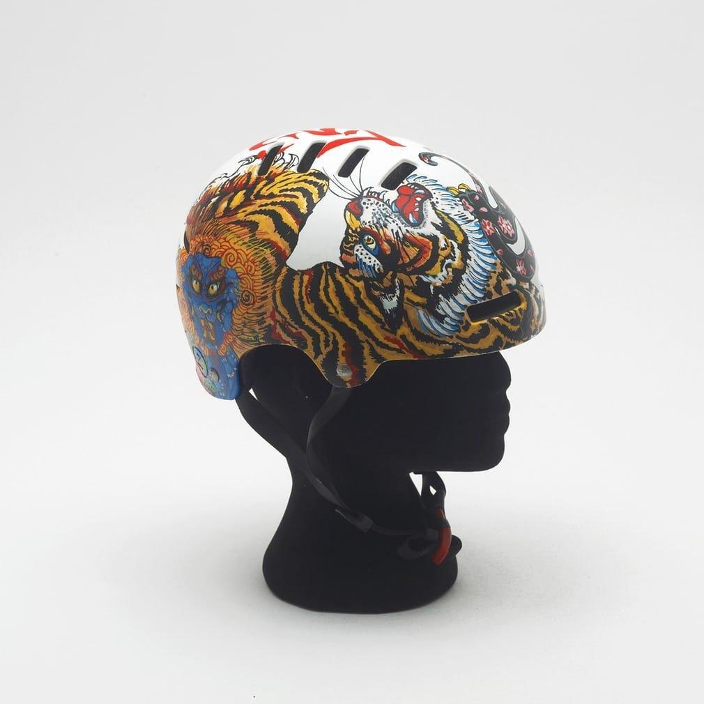 gina-mcqueen-helmet