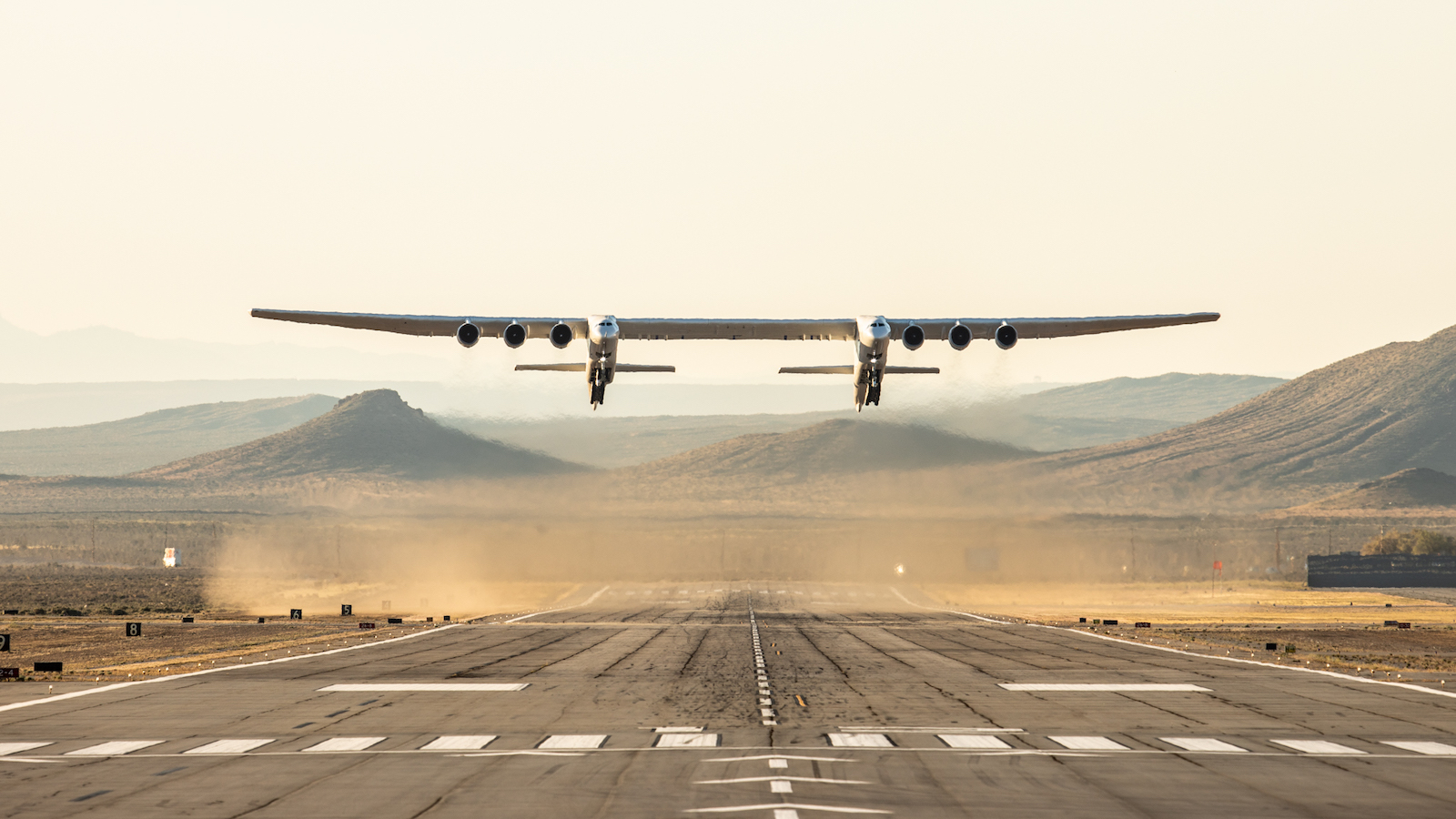 Stratolaunch First Flight Takeoff Image